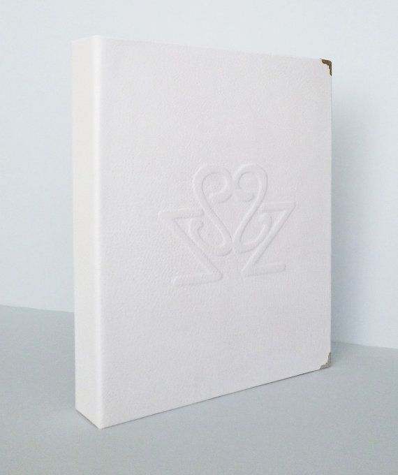 Wedding Scrapbook Album Personalized Made To Order by AnnaKisArt #weddingscrapbook, #madetoorder, #weddingalbum, #weddingguestbook, #leatherfolder, #ringbinder, #whitealbum, #personalizedalbum, #leather, #photoalbum, #monogrammedgift, #customalbum, #whiteleather