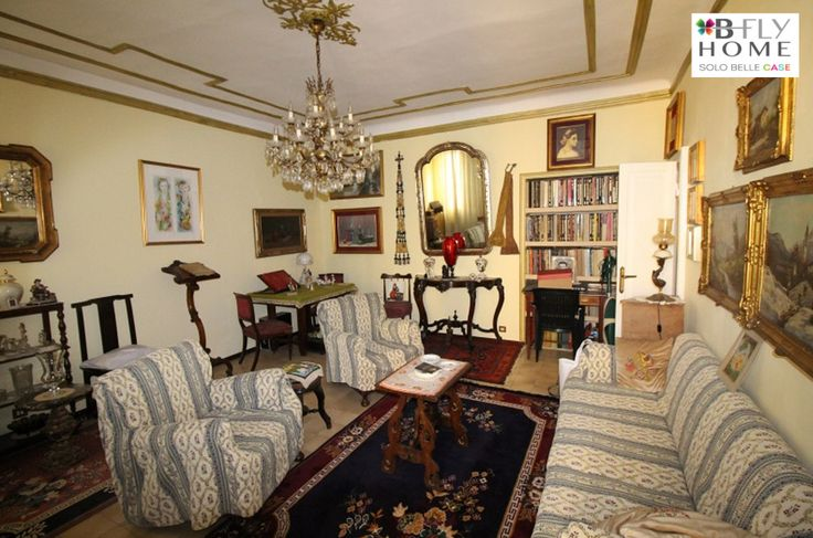 A Milano in Piazza Virgilio proponiamo questo appartamento in stabile d'epoca a €720.000.