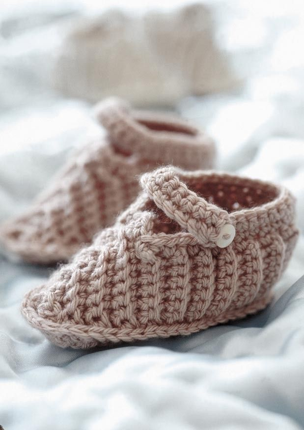 Billy Booties by Rowan - Digital Version | Free Knitting Patterns | Knitting Patterns | Deramores