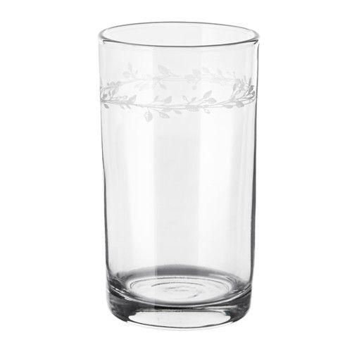 VINTER 2016 Glas IKEA Door de simpele, lage en rechte vorm is het glas perfect voor alle soorten koude dranken, bv. feestelijke drankjes zonder ijs.