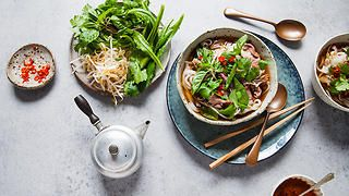 Beef phở (Vietnamese noodle soup)