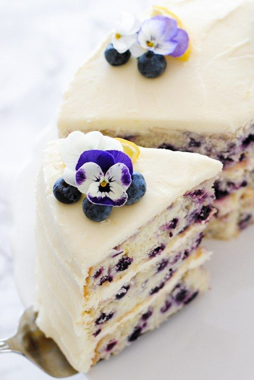 Zitronen-Blaubeer-Torte