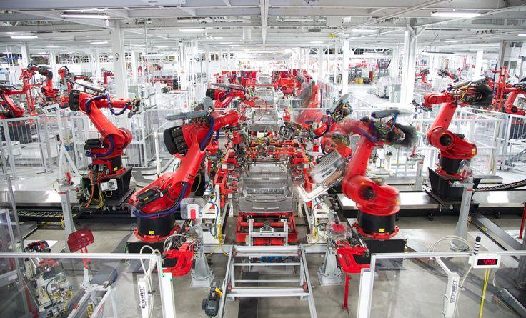 Gigafactory to niesamowite przedsięwzięcie za ponad 5 mld dolarów. Mega fabryka rośnie w oczach, a rynek samochodów elektrycznych przeżywa swój ogromny wzrost. #tesla #gigafactory
