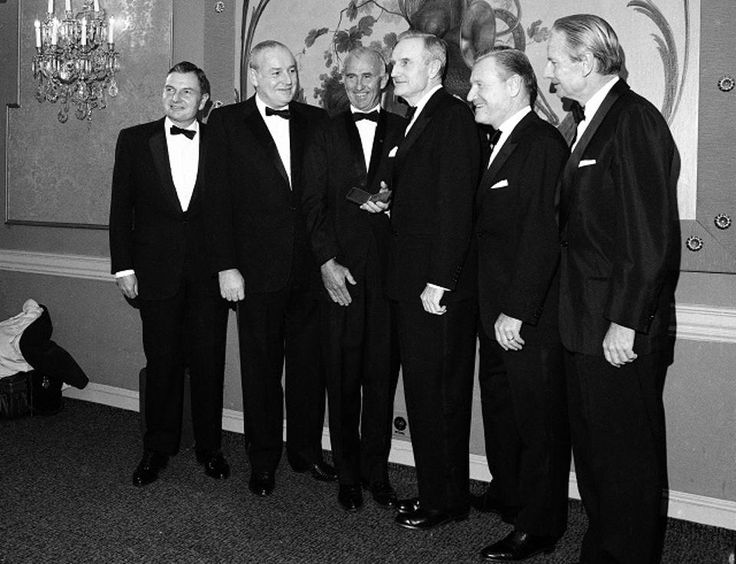 David Rockefeller and his four brothers in 1967. From left, David Rockefeller, Winthrop Rockefeller, Frank Pace, the president of the National Institute of social sciences, John D. Rockefeller III, Nelson Rockefeller, and Laurence Rockefeller.
