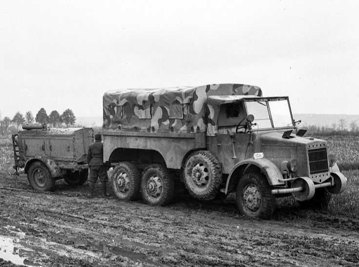 Hungarian Army 38M Botond. A 1.5 ton truck of 6x4 transmission, 2554 of these were built as personnel carriers for the Royal Hungarian Army during the war