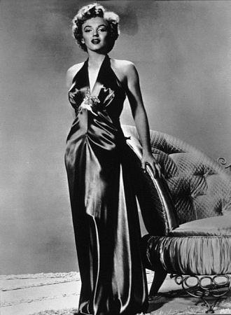 c. 1950: Public Photo, Dear Marilyn, Neck Dresses, Premier Photo, Marilyn Forever, Pictures, Monroe Photo, Events Photo, Windmarilyn Monroe