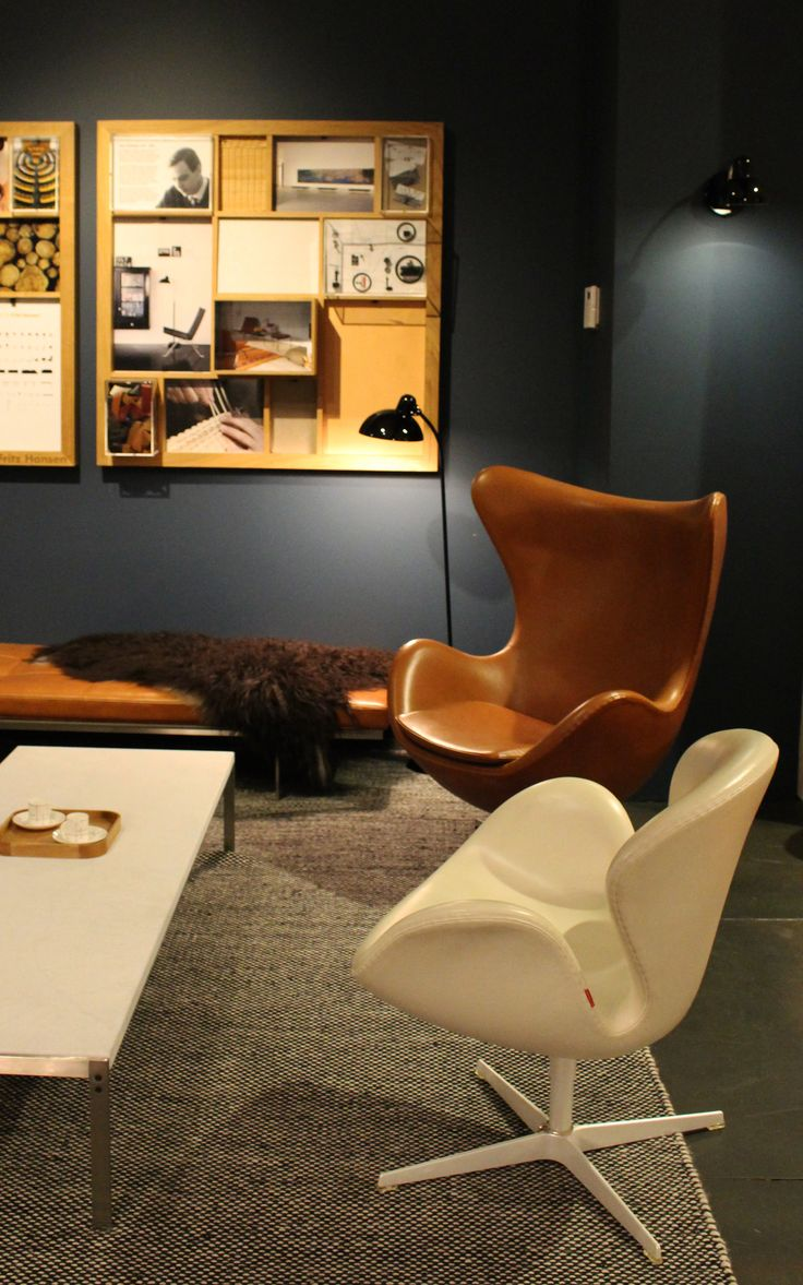 Cult | Sydney showroom featuring Egg chair and Swan chair, both designed by Arne Jacobsen for Fritz Hansen.