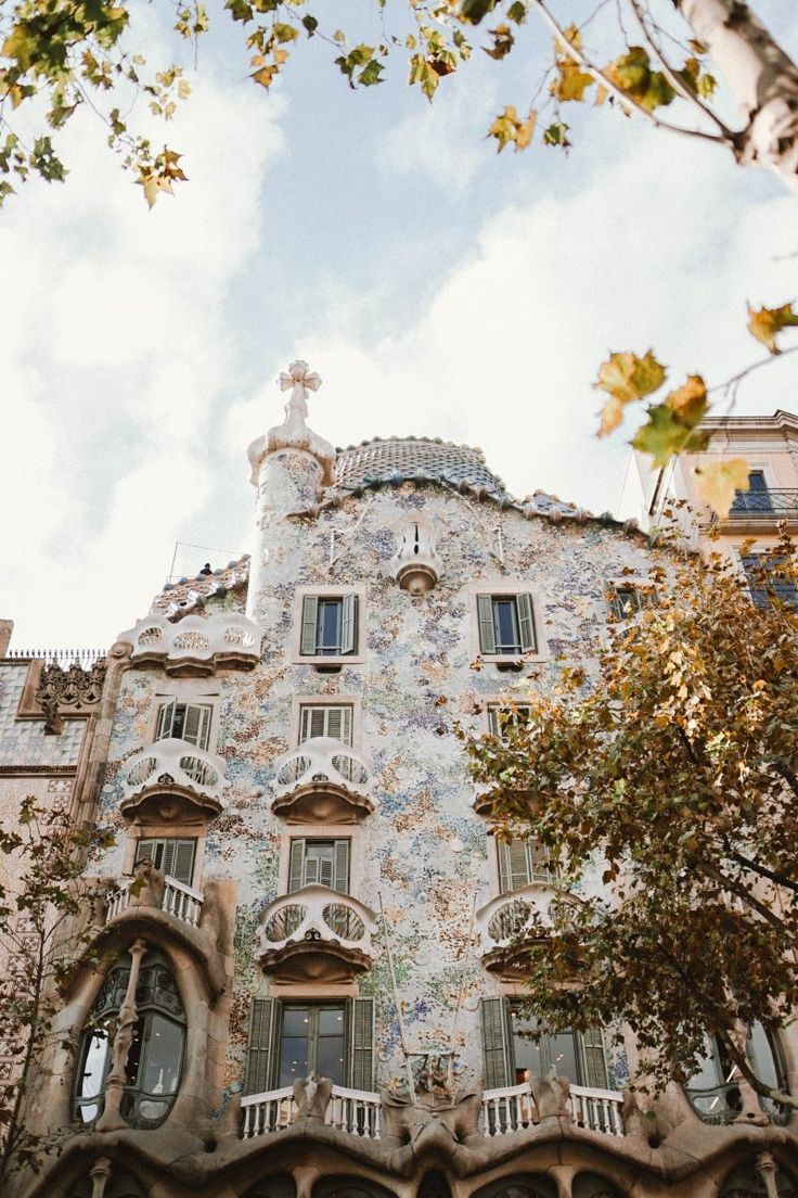 The First-Timer's Guide to Barcelona | Bon Traveler