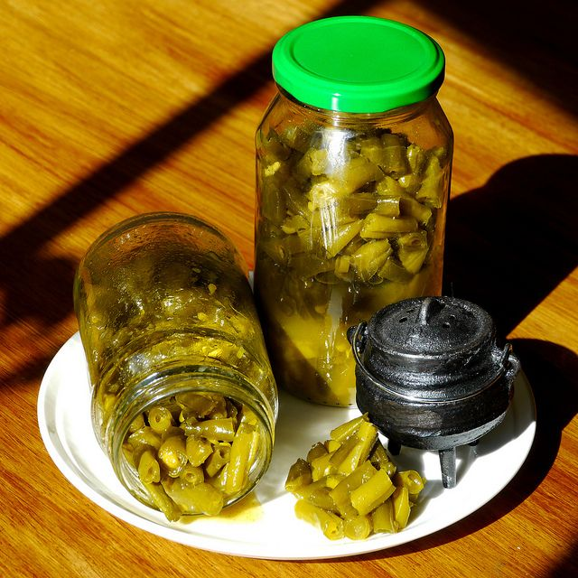Pickled Curry Beans (kerrie boontjies)