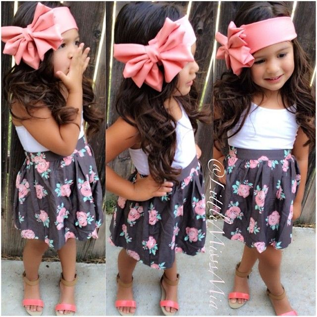 Hair accessories on little girls = adorbs