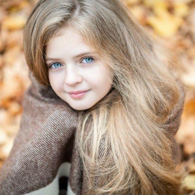 L Image Contient Peut Etre 1 Personne Enfant Et Gros Plan Beautiful Little Girls Beauty Full Girl Beauty