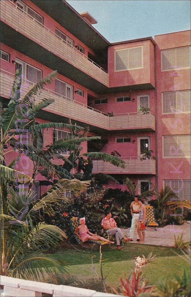 Royal Grove Hotel Waikiki 1959   On the Diamond Head side of…   Flickr