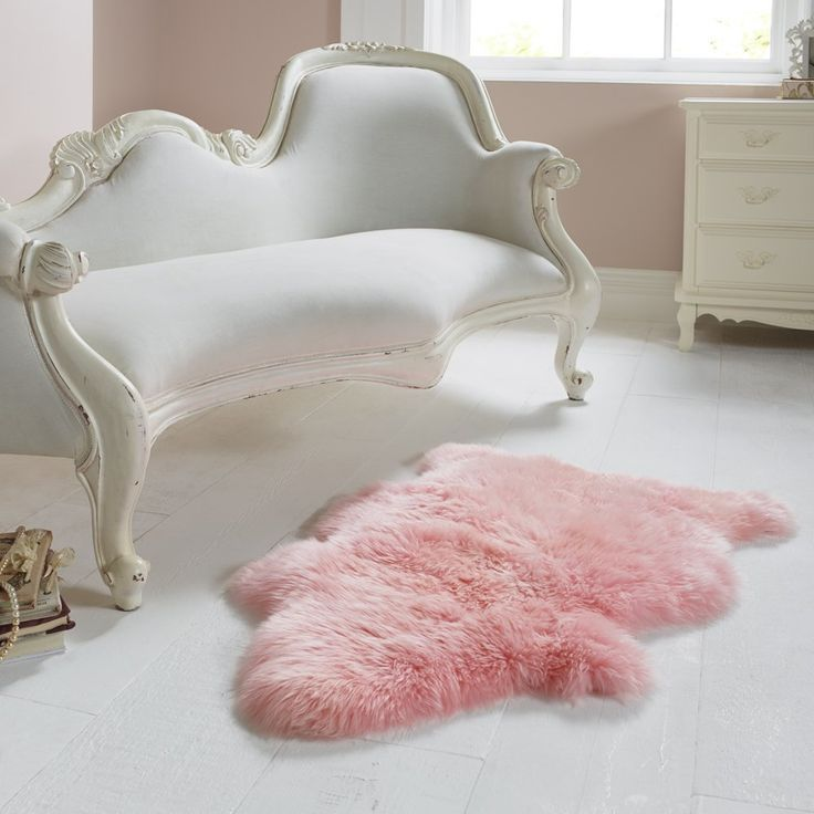 Single Light Pink Sheepskin Rug