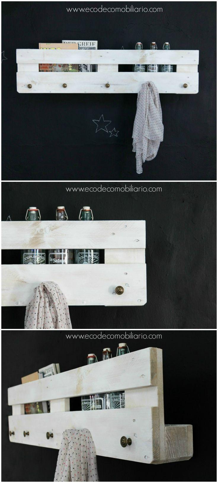 Perchero de palets Veleta 120cm. Disponible en www.ecodecomobiliario.com