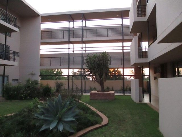2 Bedroom Apartment For Sale in Pretoria East | Reliance Auctions