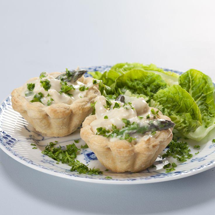 Tarteletter med høns i asparges (Recipe in Danish)