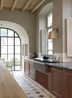 Wow! A galley kitchen I could live with!