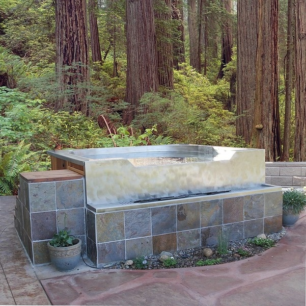 stainless steel hot-tub with built in fountain Diamond Spas