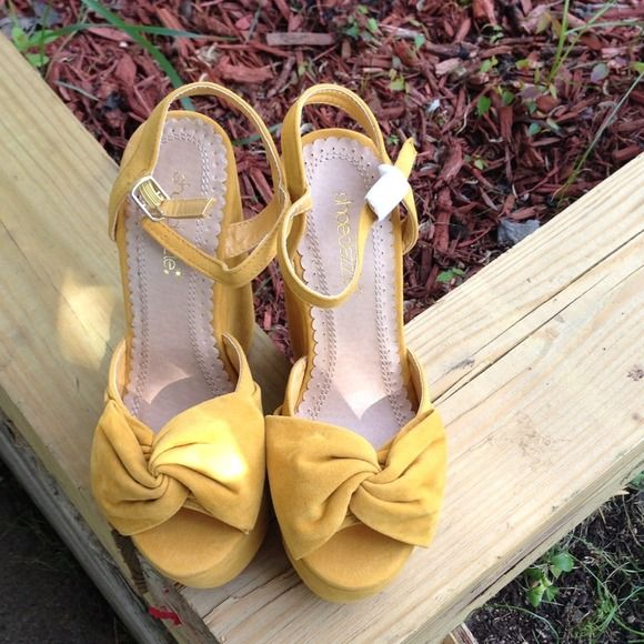 """Mustard Shoe Dazzle Wedges Very trendy! Don't miss out! 6"""" wedge but don't let that scare you away. You can strut these without a doubt! NEVER WORN. Shoe Dazzle Shoes"""