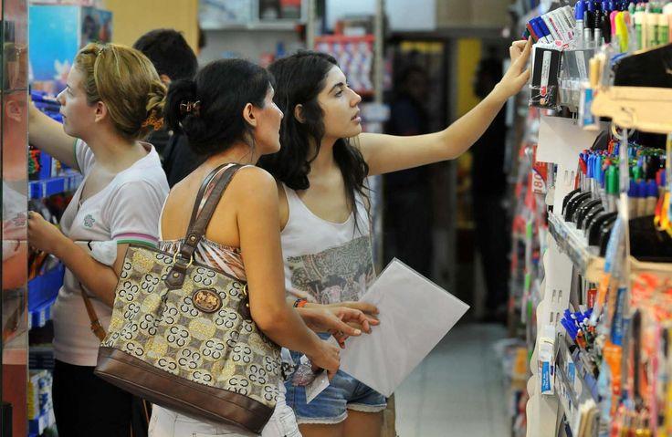 Primeros días del año se aprovechan para compras escolares