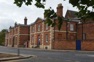 BREAKING: Police and ambulance crews called to 'riot' at Bedford Prison http://www.bedfordtoday.co.uk/news/breaking-police-and-ambulance-crews-called-to-riot-at-bedford-prison-1-7665788
