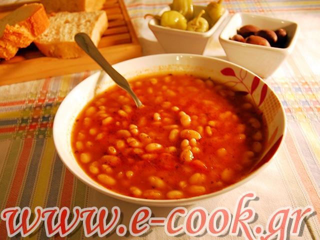 Φασόλια σούπα. | www.e-cook.gr