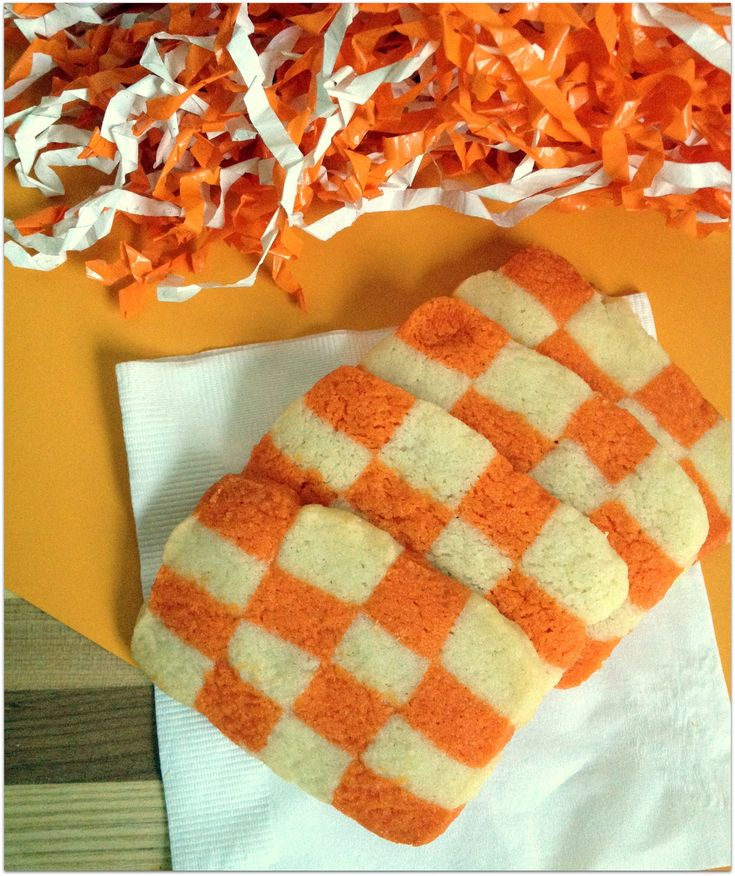 University of Tennessee Checkerboard Cookies. Perfect for game days! Go Vols!