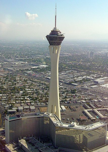 """Attractive, Convenient and Cheap Las Vegas Hotels"" - Great places to stay that will not cost you a fortune!"