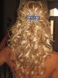 adorable: Prom Hairs, Half Up, Hairs Idea, Pretty Curls, Hairstyle, So Pretty, My Weddings, Curly Hairs, Weddings Hairs Styles