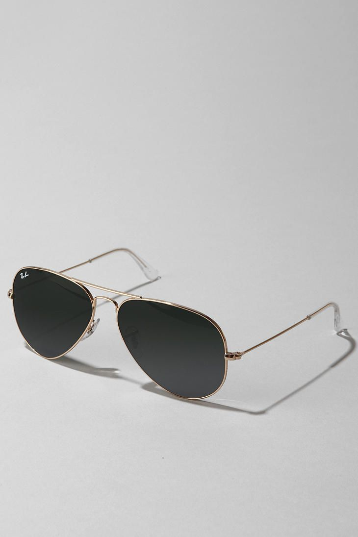 Ray-Ban Original Aviator- the perfect classic glasses.
