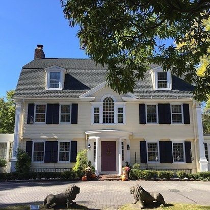 The Bee & Thistle Inn in Old Lyme, CT | 12 New England Inns That Are Total Gilmore Goals