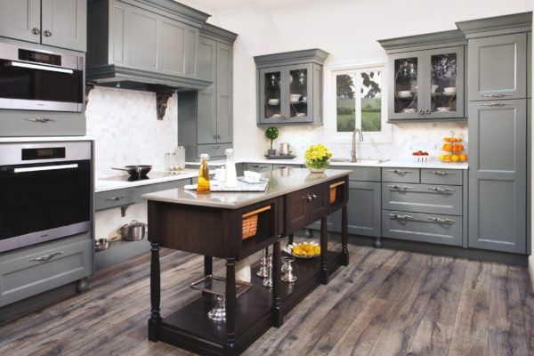 https://finelinekitchensinc.com/  FineLine Kitchens Inc. is a well established privately owned Kitchen and Bath designing Incorporation.We design our Customer�s layouts out of multiple line of products from our well established profound Kitchen and Bath Cabinets producers.