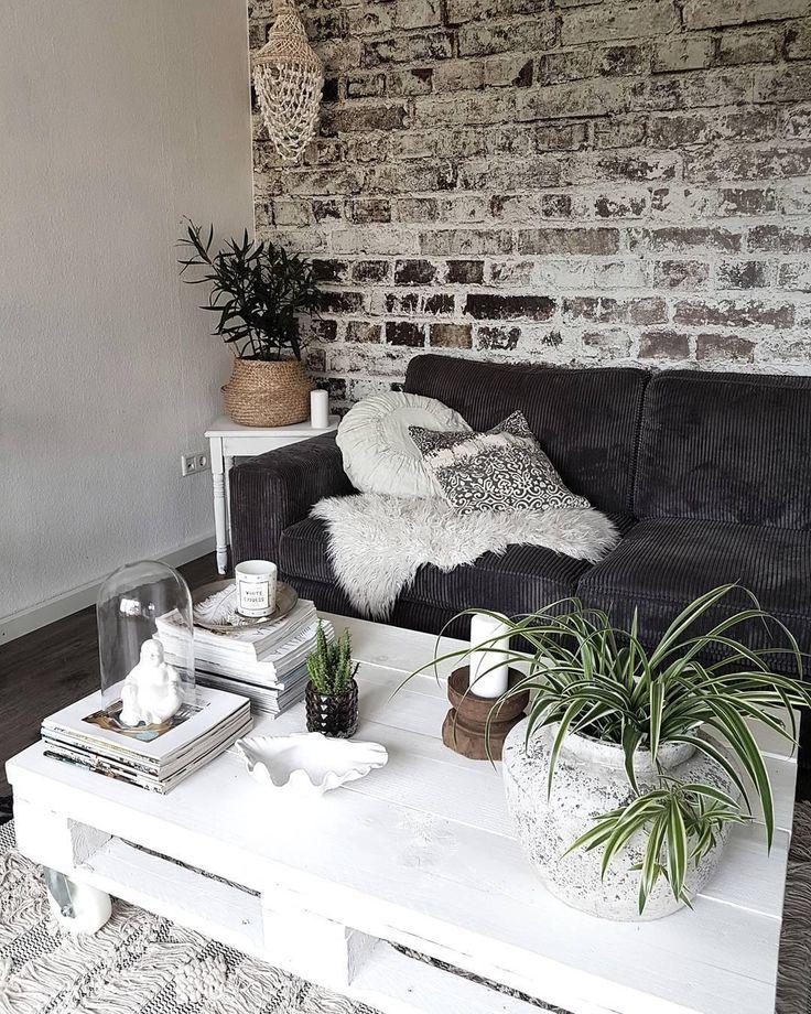 In Diesem Wohnzimmer Passt Einfach Jedes Detail Holz Fell Dekoration Farben Ideen Living Bykathaandfamily