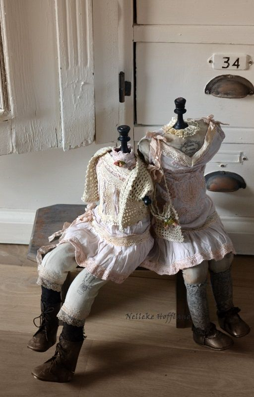 **Manneguins in shabby style**