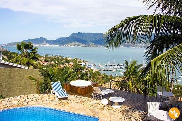 Vista incrível de Ilhabela na hospedagem Casa 658 - Morro Santa Tereza