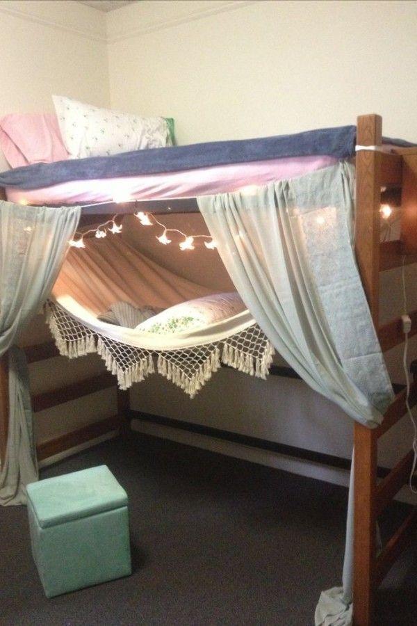 Dorm Room Ideas On How To Put The Beds In 2020 Dorm Room Diy Dorm Room Decor Loft Bed Plans