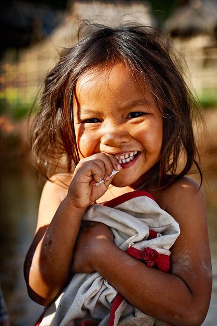 """""""As the Sun rises on a new day, the only umbrella you'll need is a smile."""" (Laos) #provestra"""