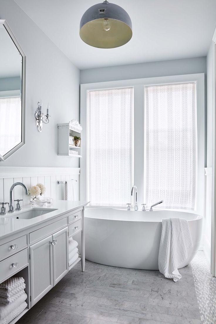 Beautiful blue and white bathroom - Sarah Richardson - Sarah off the Grid - HGTV
