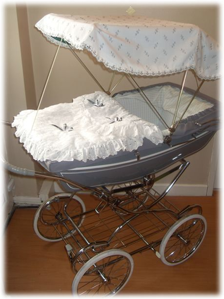 Coach built pram with canopy pram cribs pinterest for Cubrepies de cama
