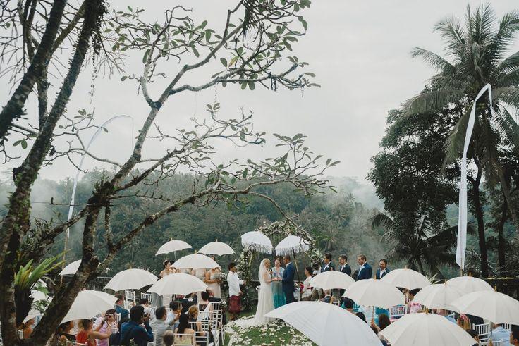Misty Forest Wedding in Ubud // Erik & Ricarda // Terralogical
