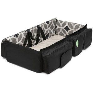 3-in-1 diaper bag that changes into a changing table AND bassinet! whaaaat?! amazeballs.