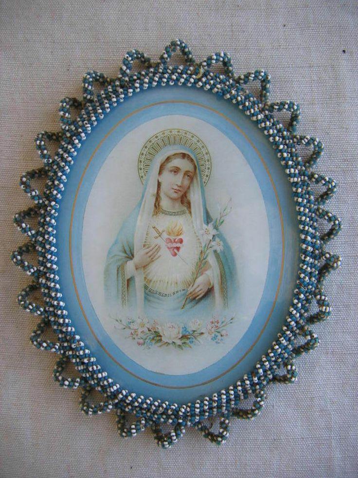 altes Schutzheiligen Bild Maria Madonna mit Rahmen aus Glas Perlen Stickerei