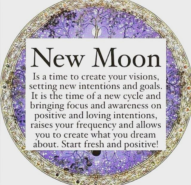 Tonight the new moon is in Capricorn  Today, and in the next couple of days leading into the New Year, is the perfect time to state your intentions and set your manifestations for 2017  Find your Balance, what Nurtures your soul, what feeds your mind?  Get into the water, cleanse away what no longer serves you- you don't want to bring the negative vibs into your bright New Year....  Enjoy these divine energies  #newmoon #eternallotus #moonenergy #manifestations #spiritualt...