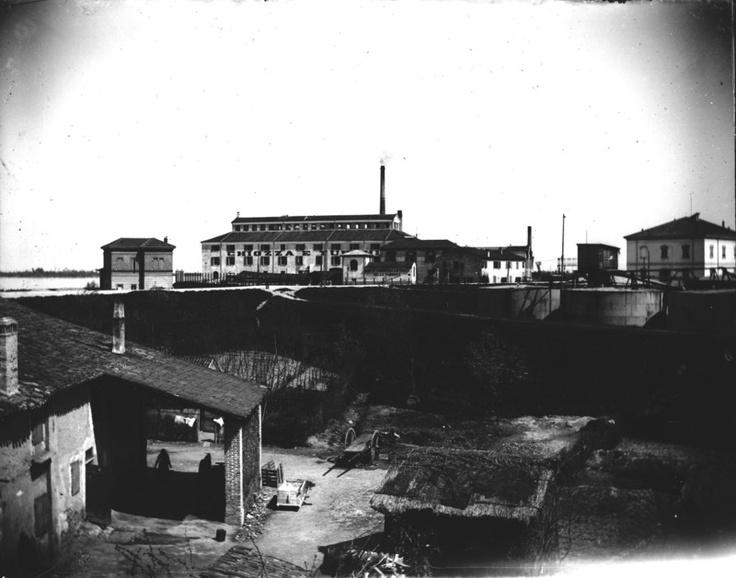 La fabbrica di saponi Chiozza e Turchi (Pontelagoscuro),ambrotipia