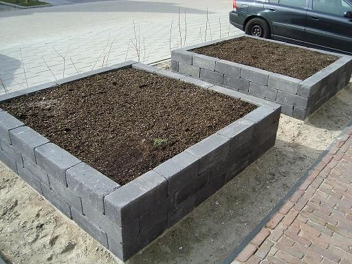 Afbeeldingsresultaat voor plantenbak steen