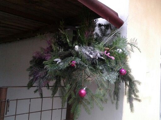 Pink winter basket