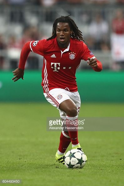 Renato Sanches of Muenchen runs with the ball during the UEFA Champions League Group D match between FC Bayern Muenchen and FC Rostov at Allianz...