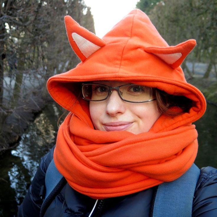 """Polubienia: 121, komentarze: 9 – Paulina Weiher @theCieniu (@paulinaweiher) na Instagramie: """"Dzisiaj pogoda bardzo ładna, wiosna, wiosna, ale wciąż zimno, dlatego nie rozstaję się z moim lisim…"""""""