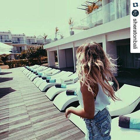 Custom sunbed for @sheratonbali by #diduindonesia #besthotel #destinationbali #syntheticrattan #sunbed #customfurnituredesign #hotelfurniture #hotelsupplier #hotelsupplies #balifurniture