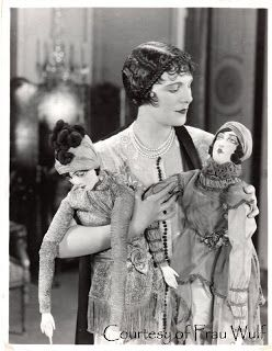 Frau Wulf's Boudoir Doll Blog: Leatrice Joy and Her Boudoir Dolls